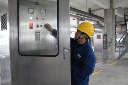 华能济宁电厂:检修维护设备 保障安全供暖